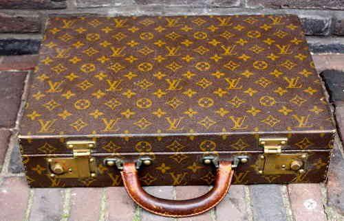 38fc8236b1c1 Vintage Louis Vuitton briefcase - Pinth Vintage Luggage